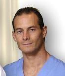 Dr. Gustavo Barragán